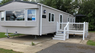 Brand New Caravan situated in a lovely quiet area of the holiday park